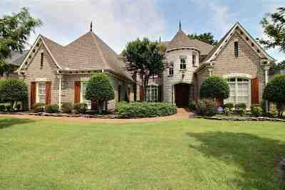 Collierville Single Family Home Contingent: 10654 Harvest Oaks