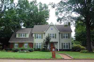 Collierville Single Family Home Contingent: 3490 Beaver Run