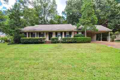 Collierville Single Family Home Contingent: 250 Andrew Way