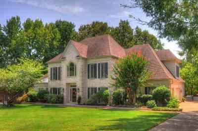 Memphis Single Family Home For Sale: 7695 Chapel Ridge