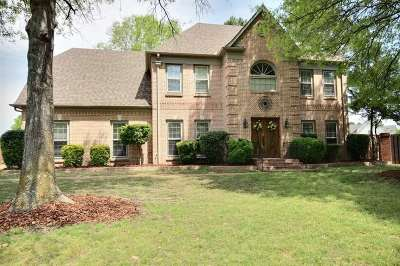 Collierville Single Family Home Contingent: 10295 Peyton Path