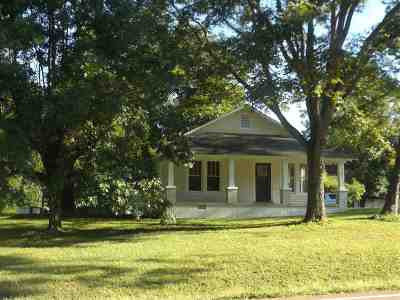 Single Family Home Contingent: 14185 Hwy 57