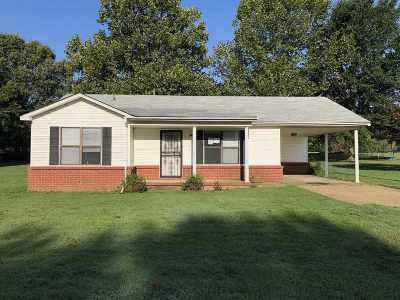 Single Family Home Sold: 2725 Terry