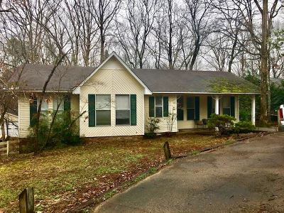 Counce Single Family Home For Sale: 185 Roberts