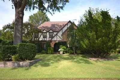 Memphis Single Family Home For Sale: 6834 Corsica