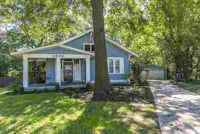 Memphis Single Family Home For Sale: 2375 Circle