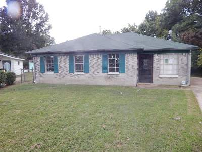Memphis Single Family Home For Sale: 3671 Moccasin