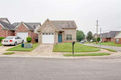 Arlington Single Family Home For Sale: 2811 Maggie Woods