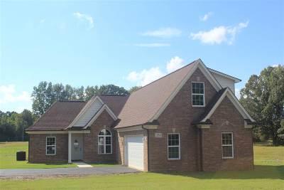 Byhalia Single Family Home For Sale: 321 Dry Field