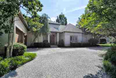 Memphis Single Family Home For Sale: 1548 Massey Pointe