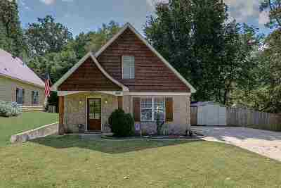 Olive Branch Single Family Home For Sale: 7997 Hickory