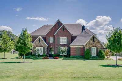 Piperton Single Family Home Contingent: 235 Greenbrier Lakes