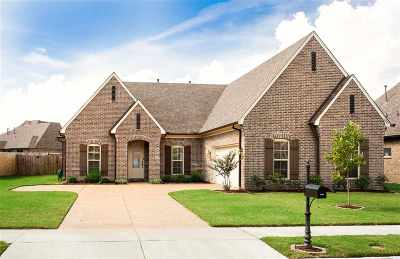 Arlington Single Family Home Contingent: 6249 Creekside Lake