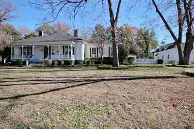 Collierville Single Family Home Contingent: 243 Natchez