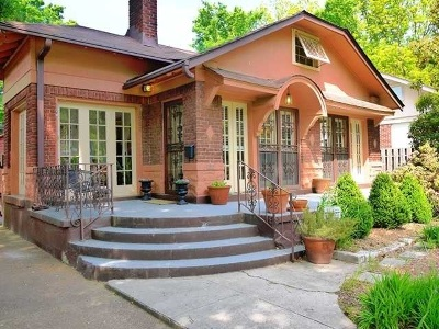 Single Family Home For Sale: 1900 Snowden