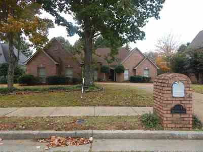 Memphis Single Family Home For Sale: 8937 Bridlewood