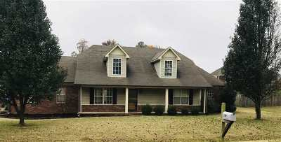Atoka Single Family Home For Sale: 389 Sterling Farm