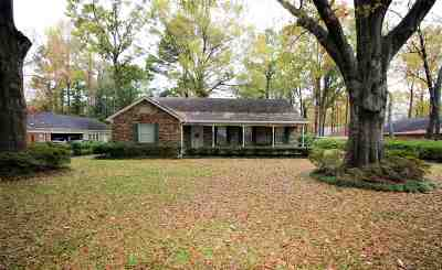 Germantown TN Single Family Home For Sale: $210,000