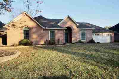 Collierville Single Family Home Contingent: 844 Joe