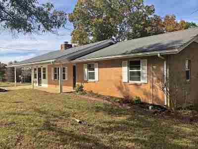 Single Family Home Sold: 185 Lake Vonda