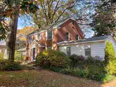 Single Family Home For Sale: 3528 Lily