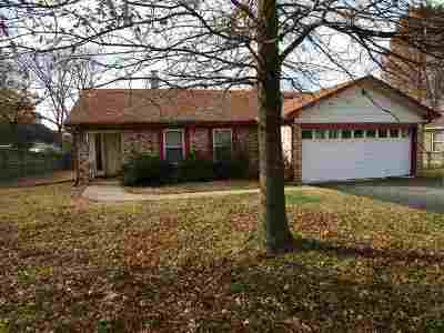 Millington Single Family Home For Sale: 7077 Pam