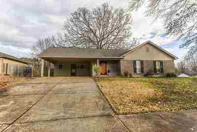 Bartlett Single Family Home Contingent: 3220 Laurel Creek