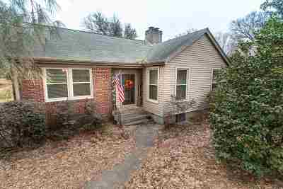 Single Family Home For Sale: 2432 Union