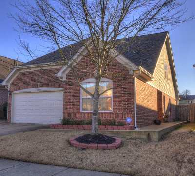 Arlington Single Family Home For Sale: 12133 Hidden Trail