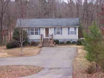Selmer Single Family Home For Sale: 30 Fairway