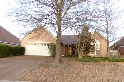 Bartlett Single Family Home Contingent: 5020 Wolfchase Farms