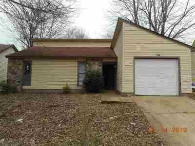 Memphis Single Family Home For Sale: 5616 Maple Tree