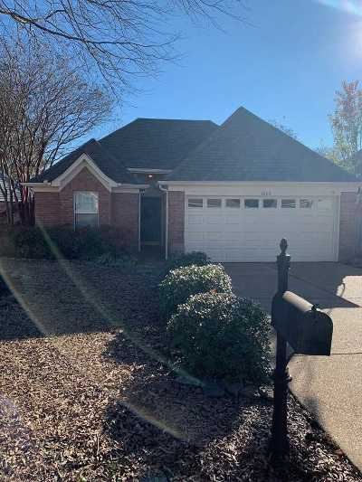 Memphis Single Family Home For Sale: 8163 Timber Knoll