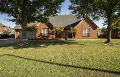Arlington Single Family Home For Sale: 12274 S Stately Oaks