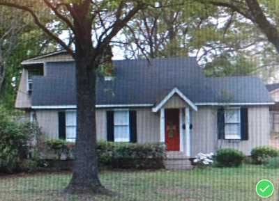 Collierville Single Family Home Contingent: 252 College