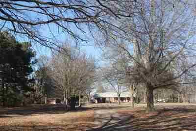 Byhalia Single Family Home For Sale: 623 Quinn