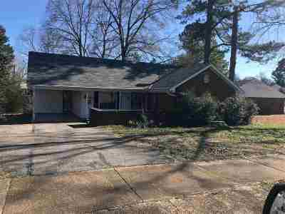 Millington Single Family Home For Sale: 7162 Pam