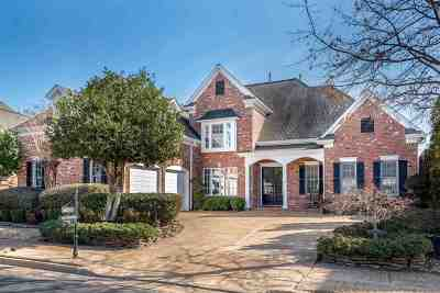 Collierville Single Family Home Contingent: 10285 Carnegie Club