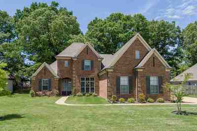 Arlington Single Family Home Contingent: 6289 W Longmire Loop