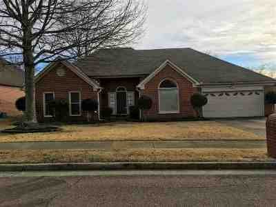 Collierville Single Family Home Contingent: 209 Home Place