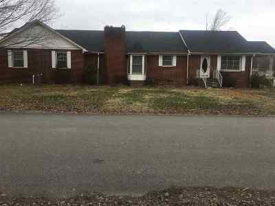 Waynesboro Single Family Home For Sale: 600 Walnut