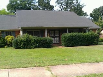 Memphis Single Family Home For Sale: 6202 Ridge Manor