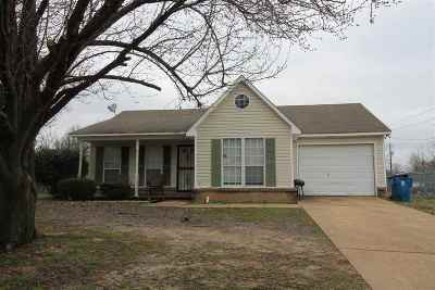 Covington Single Family Home For Sale: 1844 Wooten