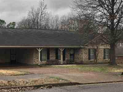 Memphis Single Family Home For Sale: 3623 Lynchburg