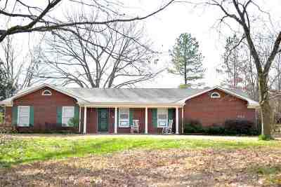 Olive Branch Single Family Home For Sale: 8571 Cedar Crest
