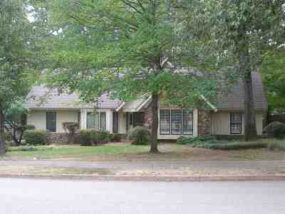 Memphis Single Family Home For Sale: 2339 Kirby