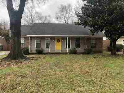 Southaven Single Family Home For Sale: 350 Clarington