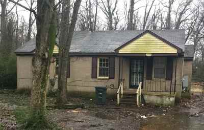 Memphis Single Family Home For Sale: 3775 Overton Crossing