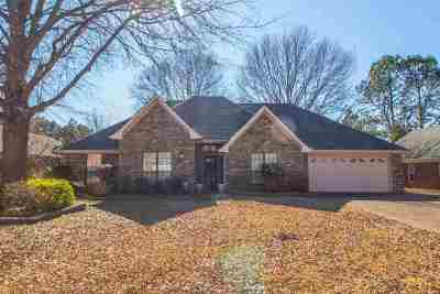 Memphis Single Family Home For Sale: 8473 Stonewood
