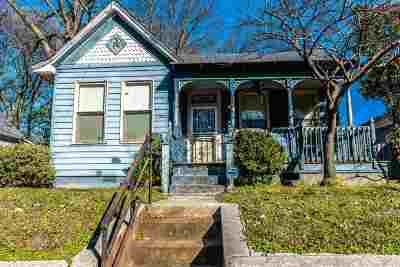 Single Family Home Sold: 936 S Cox